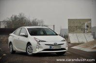Toyota prius 1.8 HSD Executive TSS