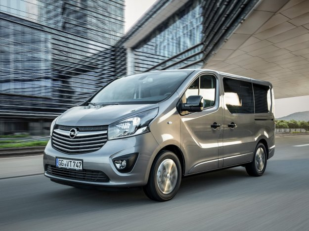 Znane so cene novega Opel Vivaro Combi+ in Tourer
