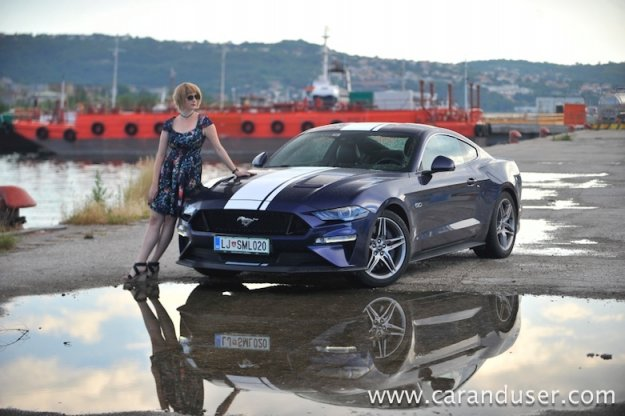 Ford Mustang GT 5.0 V8 Fastback