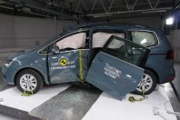 NCAP: VW Sharan je izgubil vrata