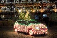 Nissan Leaf kot božično drevo?
