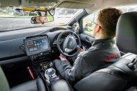 Leafu zahtevna samostojna vožnja v VB