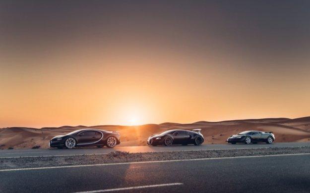Bugattijeva sveta trojica na ovekovečenju v vročem pesku