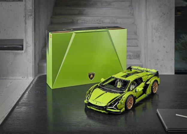 Lego Technic: Lamborghini Sian je vendarle lahko va�!