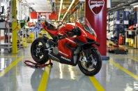 Ducati zagnal proizvodnjo Superleggere V4