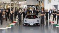 Z linije je zapeljal 10 tisoči Lamborghini Aventador