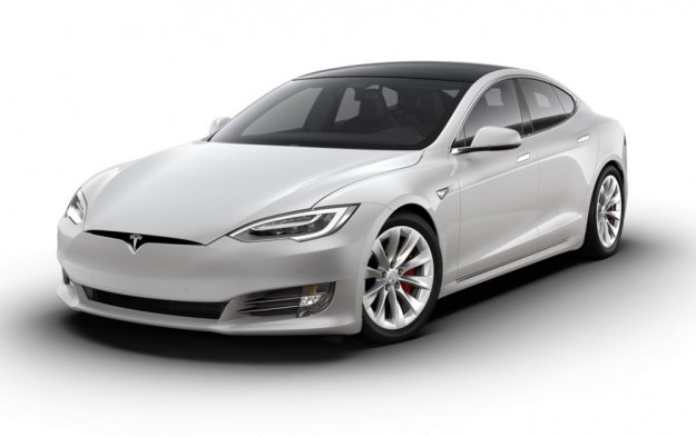 Nora Tesla Model S Plaid do stotice v manj kot 2 sekundah