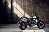 Črnina za uvod v svet Ducati Scramblerja 1100 PRO