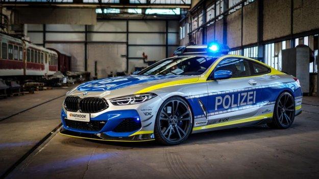 BMW M850i AC Schinzer: Lažen policijski avtomobil z resno predelavo