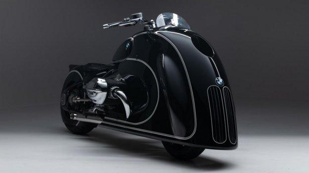 Retro BMW motocikel z velikima ledvi?kama