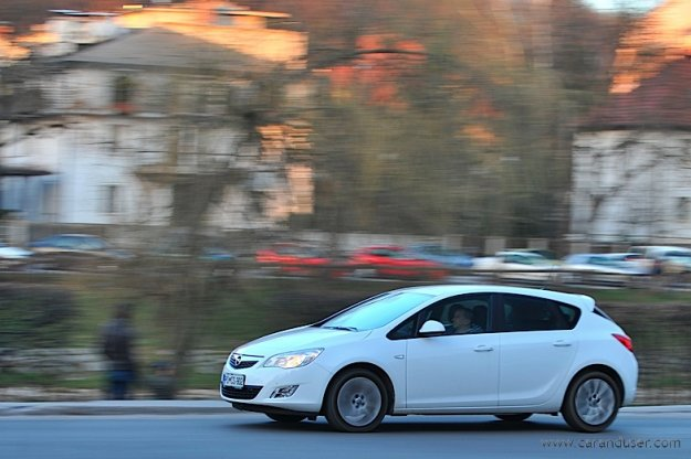 Opel Astra 1.6 Enjoy - žensko mnenje