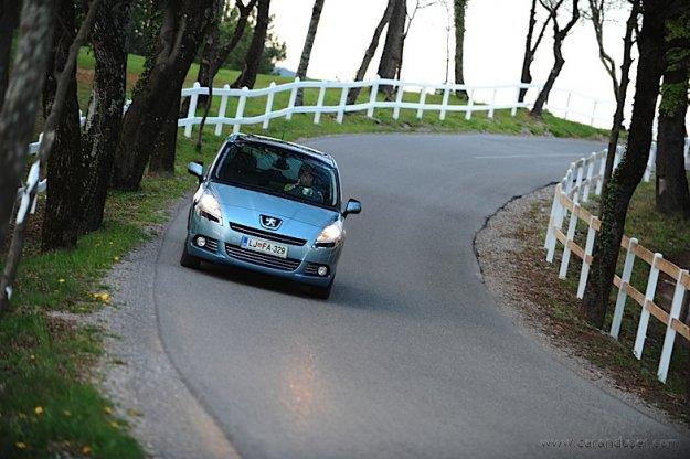 Peugeot 5008 - žensko mnenje