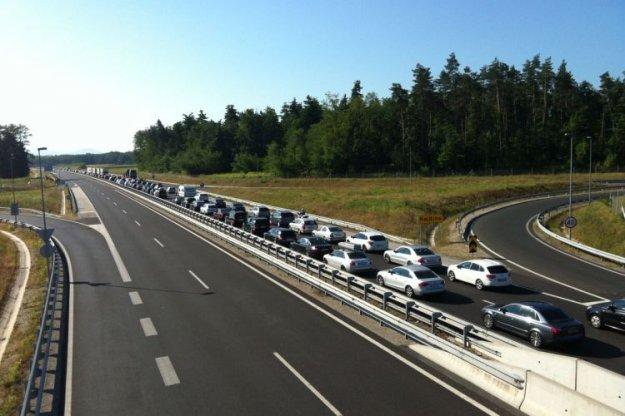 Vozniki, strpno in previdno na avtocestah