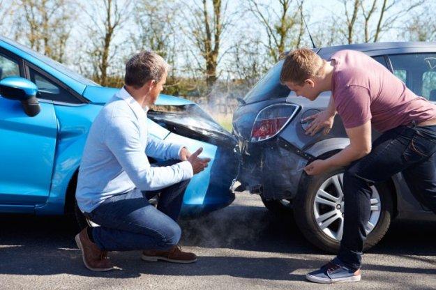 Zakaj je zavarovanje avtomobilske odgovornosti obvezno?