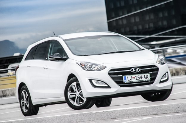 Hyundai i30 1,6 CRDi 7 DCT style