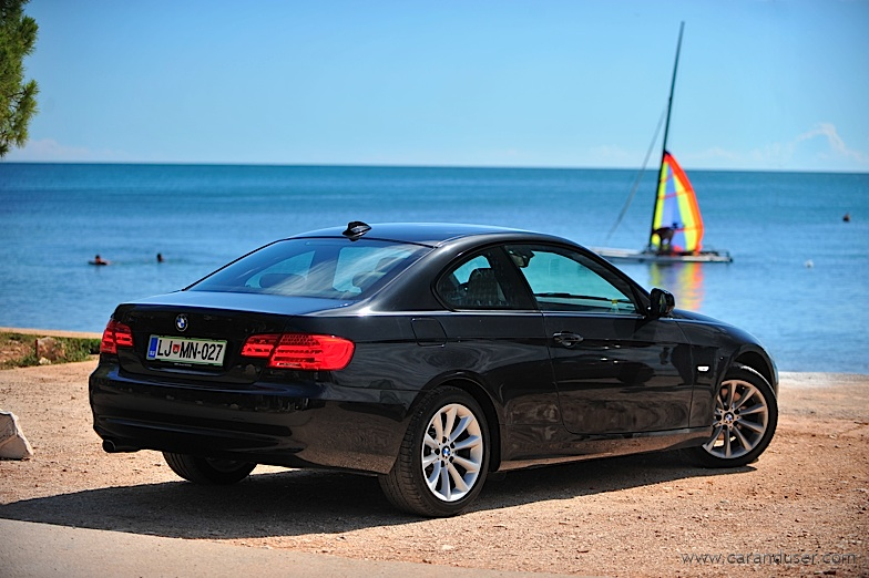 bmw320d_coupe02