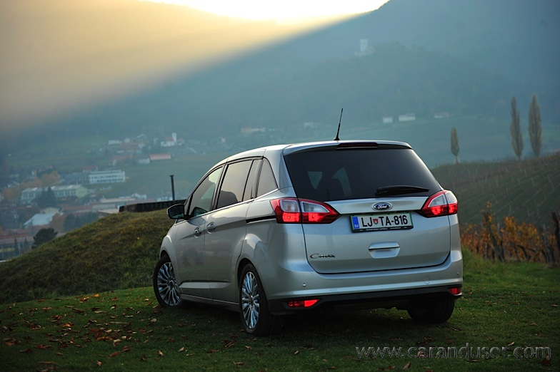 ford_cmax_grand011