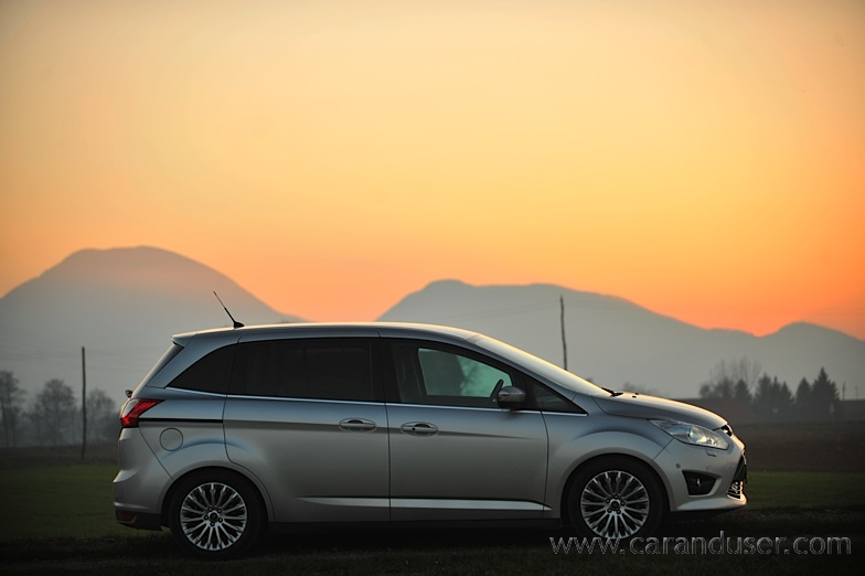 ford_cmax_grand012