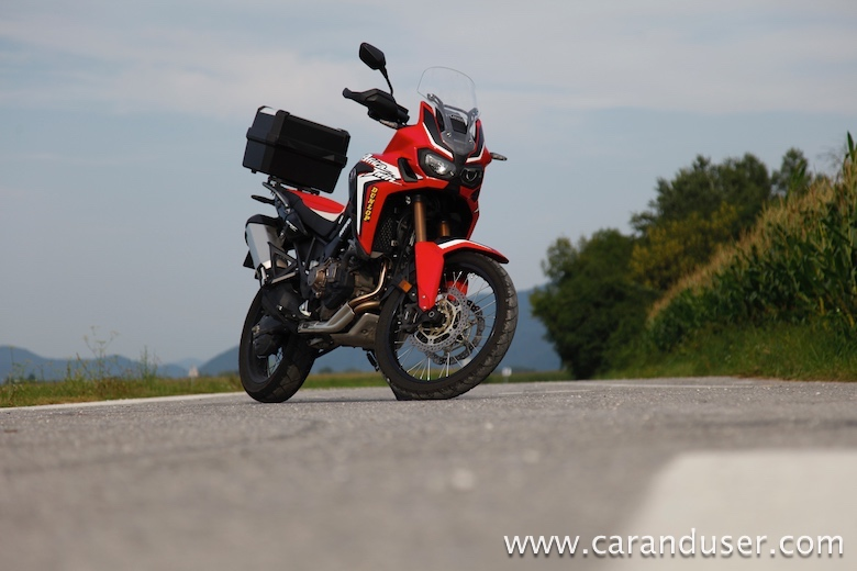 crf1000l africa_twin09
