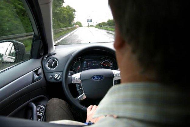 Fordov opozorilnik za (dremajo?ega) voznika
