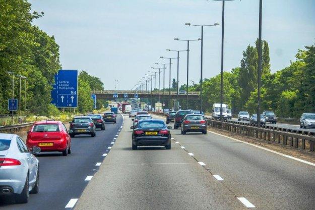 Je avtocesta res najbolj enostavna za vo�njo?