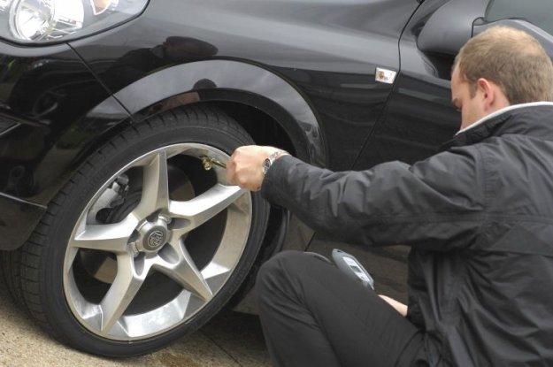 Ste pripravljeni na jesen? Kaj pa va�e pnevmatike?