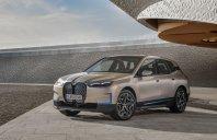 BMW razkriva futuristi?no razko�je po imenu iX