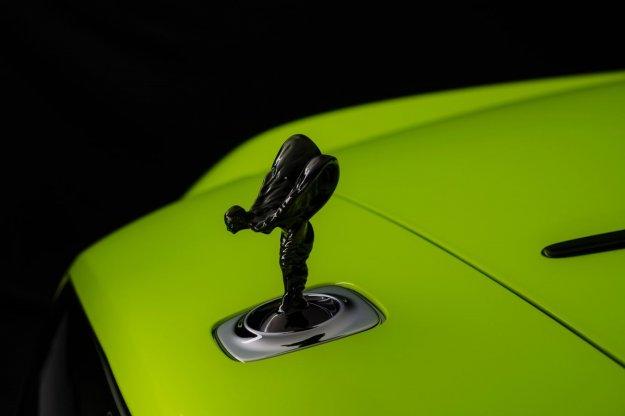 Rolls-Royce predstavlja odbite neonske karoserijske odtenke