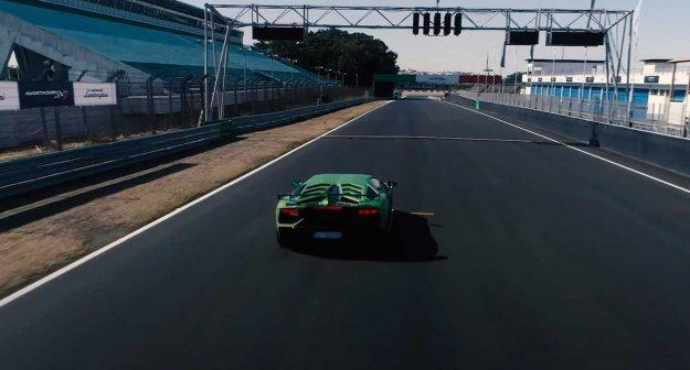 Lamborghini želi ohraniti 12 valjev