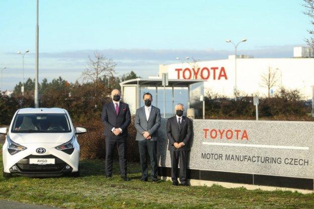 Tovarna v Kolinu bo izdelovala avtomobile na hibridni pogon.