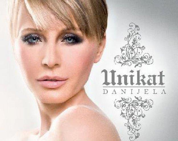 Danijela z novo skladbo