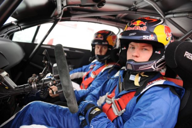 KIMI R�IKK�NEN PREBIL PRVE KILOMETRE V CITRO�NU C4 WRC